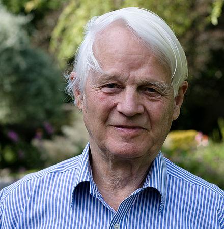 440px-Prof-Richard-Lynn-7635-2.jpg